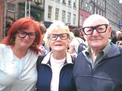 Image of Pauline, June & Frank Bradley at Edinburgh Fringe Festival with Buddy Holly specs